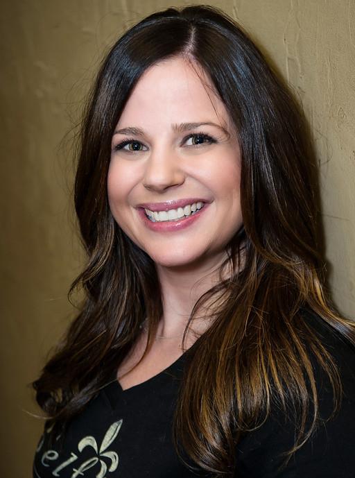 LAURA VAN HESSEN : LEVEL 2 HAIR TECHNICIAN